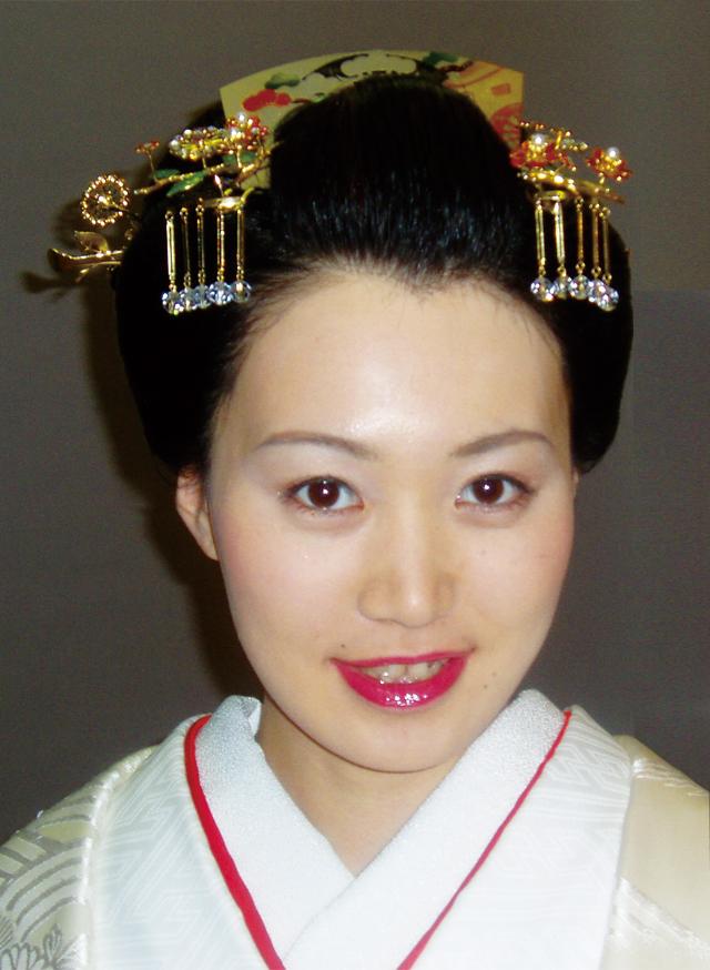 新日本髪笑顔